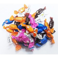 Жевательные конфеты LOVE IS Микс вкусов с жидким центром 4гр